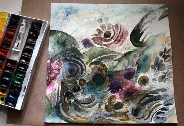 Making of a mixed media collage by Peony and Parakeet. Read more about using fiber paste and watercolors.