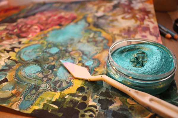 Creating a mixed media painting by Peony and Parakeet. Using Inka Gold.