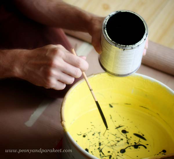 Home decor - Mixing yellow paint to get just the right color