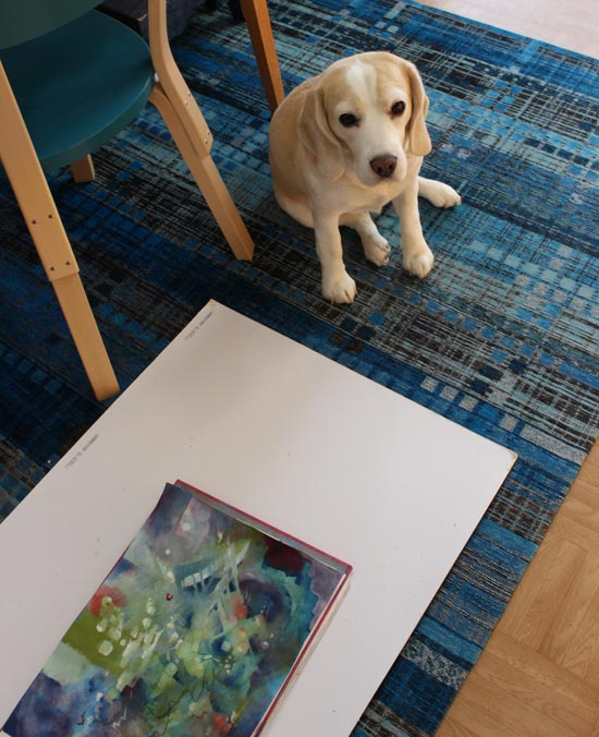 Photographing art and having a pet around an art studio. Read more about the life of an artist who has pets!