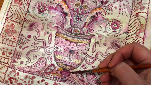 Coloring the doodles with watercolors. By Paivi Eerola of Peony and Parakeet.