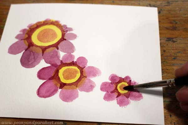 Step 3 of a vintage style flower tutorial by Paivi Eerola of Peony and Parakeet.