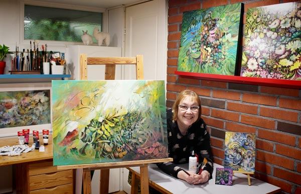 Artist Paivi Eerola in her studio. She writes about finding clarity for your art.